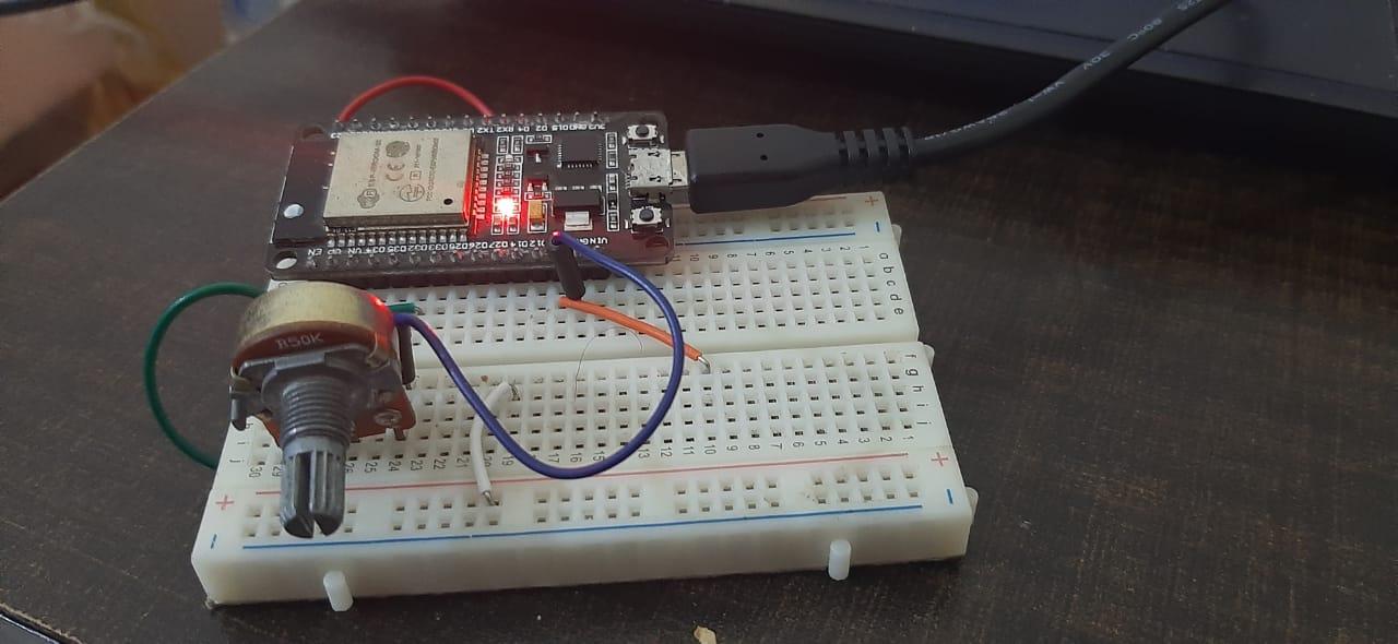 Measure ADC value ESP32 and ESP8266 Micropython