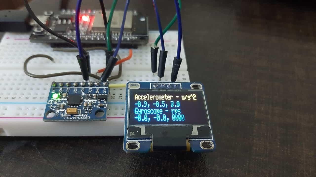 MPU6050 readings on OLED acceleration rotation temperature