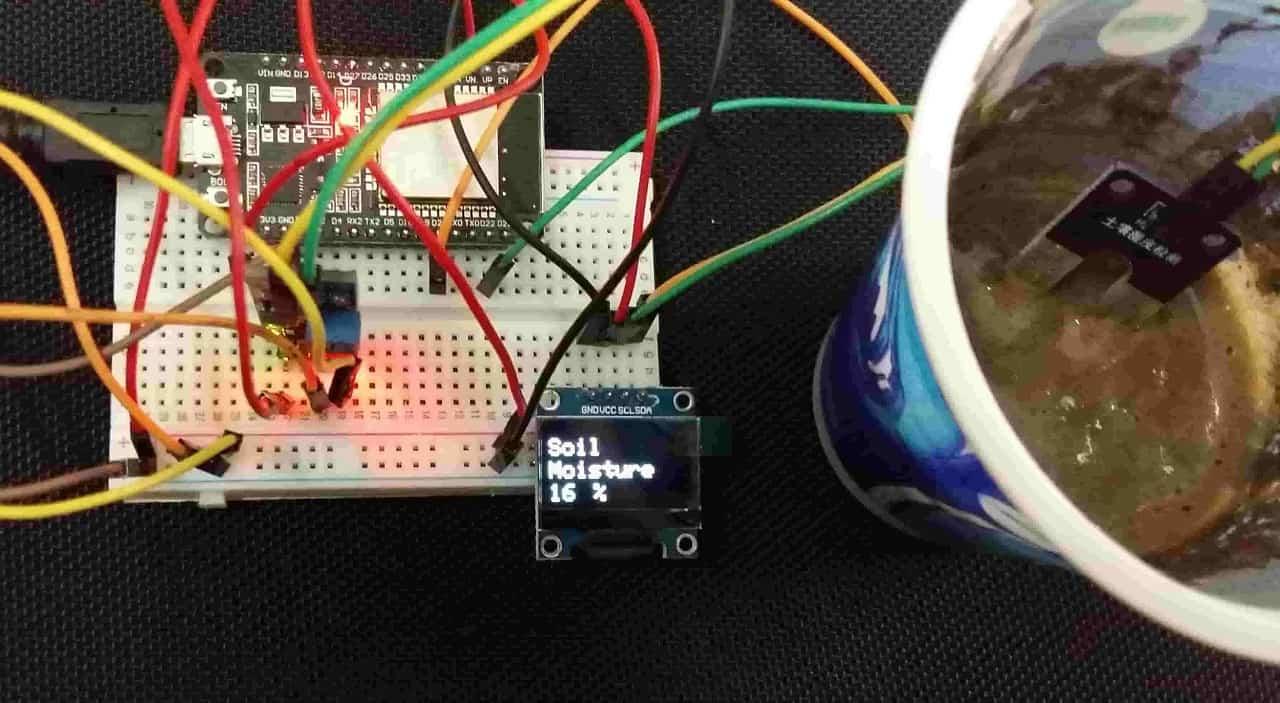 ESP32 IoT soil moisture moniting system Adafruit IO OLED