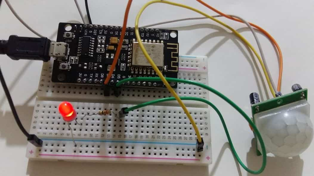 detect motion ESP8266 interrupts and timers